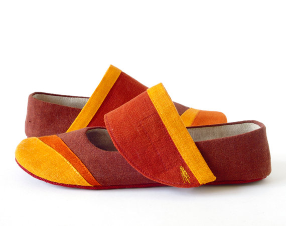 Holiday SALE - Gea ballet flats slippers with non slip soles, women house shoes earth brown, terracotta & orange, linen mary janes